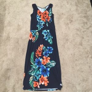 Tommy Bahama floral v neck maxi dress side slit